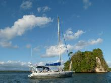 Ovni 43: At anchor in the Caribbean